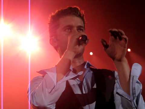 Matthew Morrison - She's Like The Wind - London Hammersmith Apollo 13.06.11