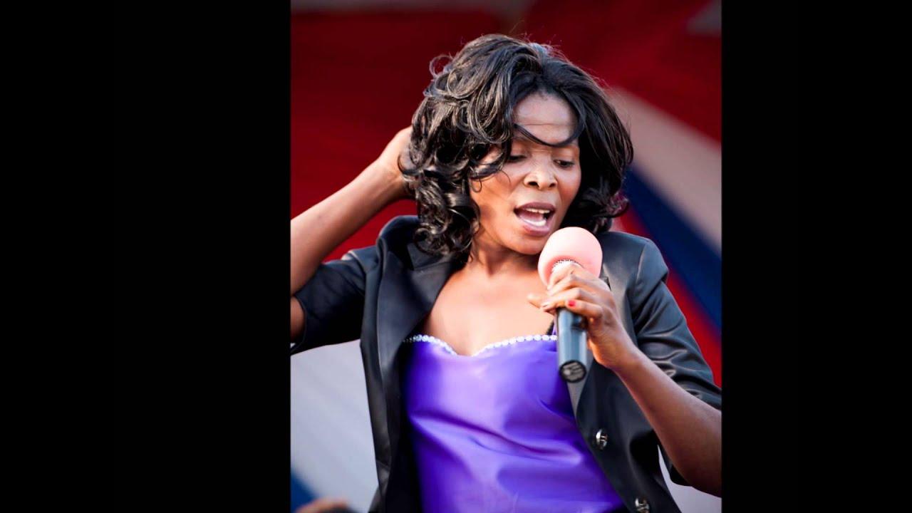 Download Rose Muhando - Raha Tupu (Official Version)