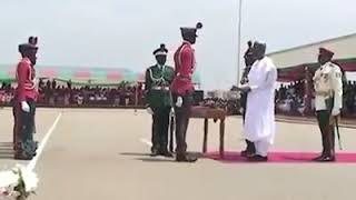 watch president buhari meets the tallest man in nigerian army