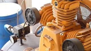 Compressor TOP 15 MP3V 200 Litros Troca óleo