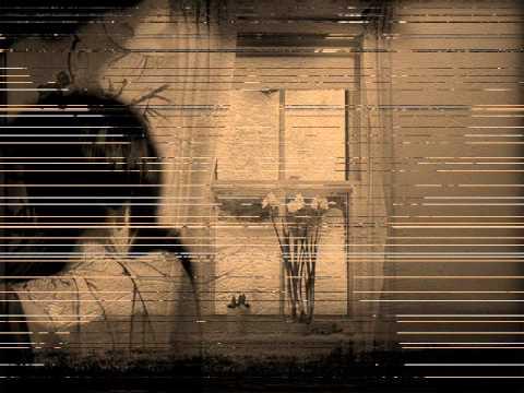 Каролина Выдра Переодевается – Злой Город (2020)
