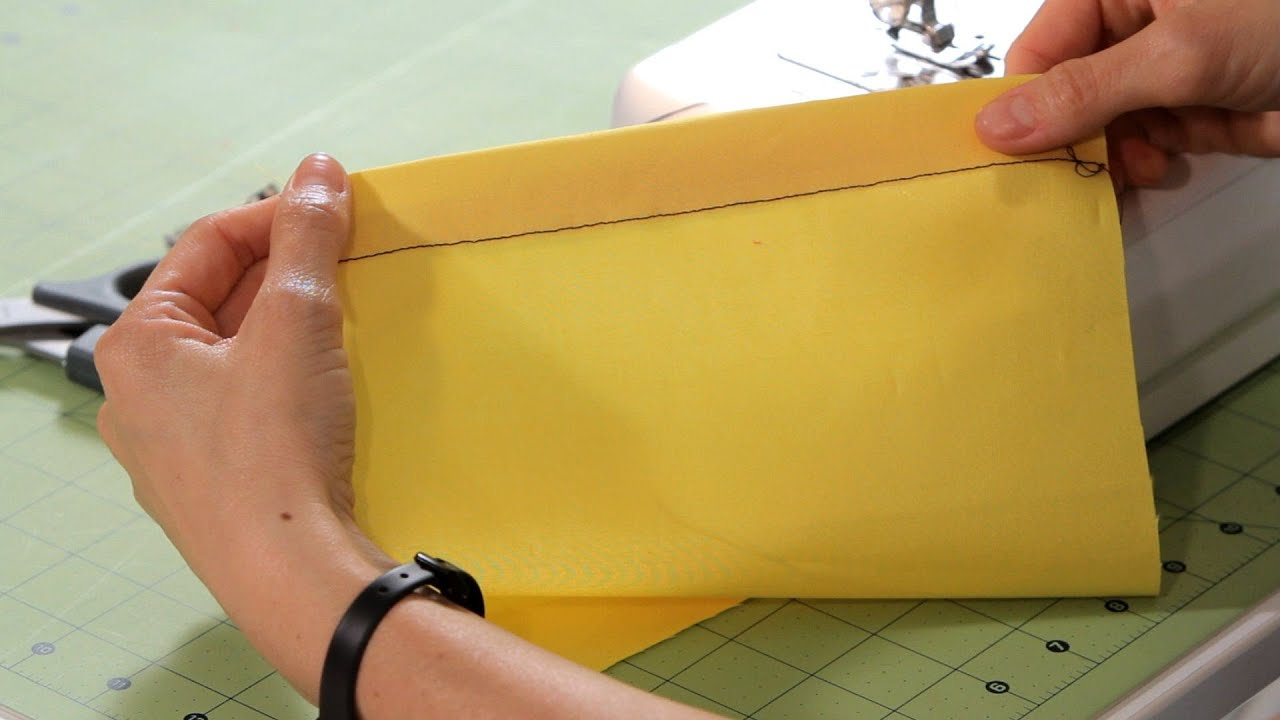 How To Apply Bias Tape To Fabric Sewing Machine Youtube