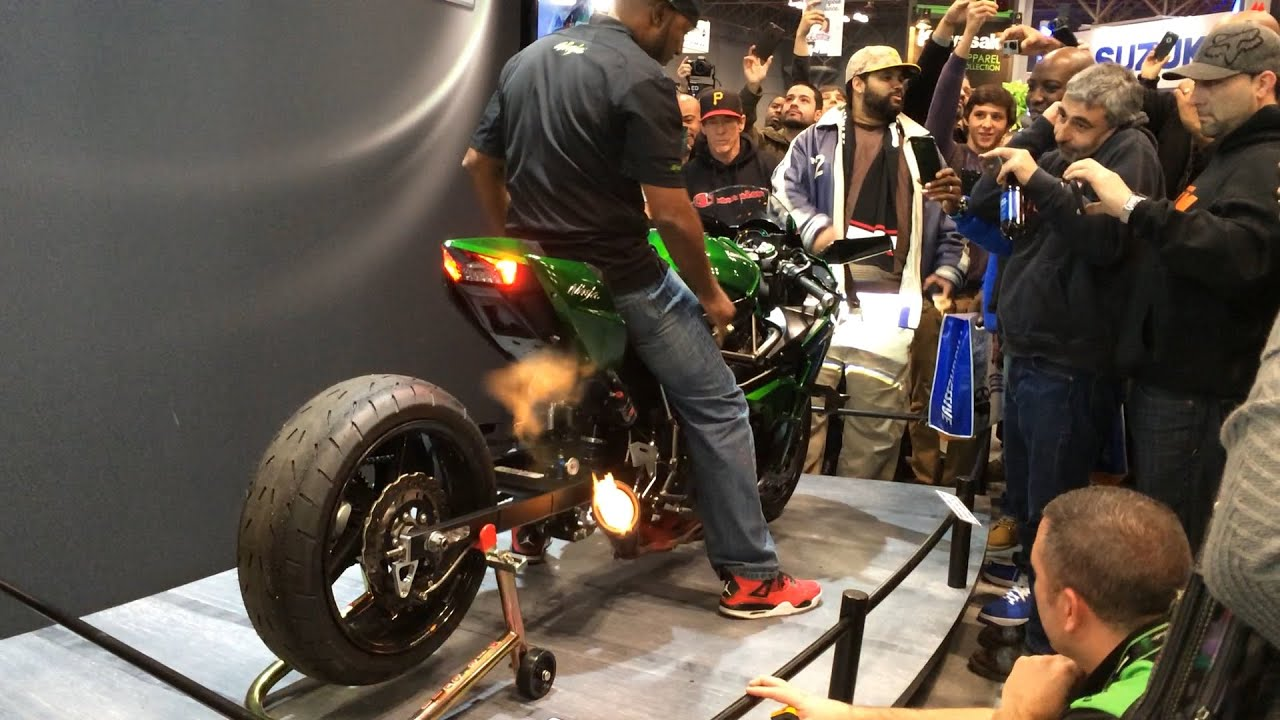 Rickey Gadson Starting His Kawasaki Ninja H2 Drag Bike Youtube