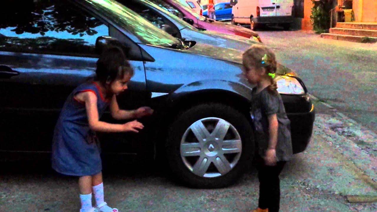 fetele canta zurli Aram zam zam