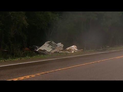 Louisiana flooding sweeps away man