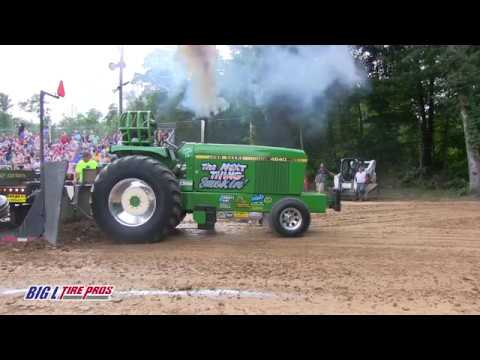 10000 Pro Farm Tractors pulling at Union County West August 11 2018 NEPA