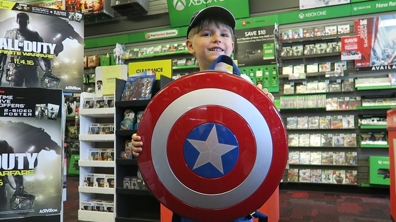 Playing Games Buying Gaming Toys At Gamestop Usa Minecraft