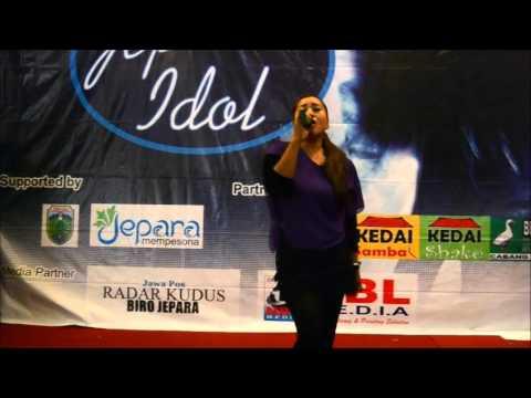 Novi - Wakuncar (Erie Suzan) - Maribu Jepara Idol Top 10 Show (04/10/2015)