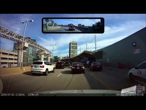 Driving in Toronto - Pearson International Airport (12 minutes)