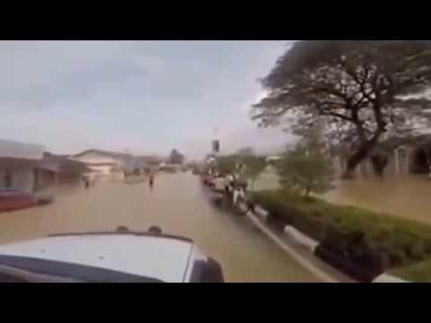 Video Banjir Kota Bharu ke Airport Pengkalan Chepa, Dis 2014
