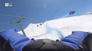 Red Bull Skydive Team im Ötztal