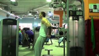 Как накачать руки   Упражнения для трицепса   рельефный трицепс   Отжимания с помощью гравитона(Данное видео входит в состав кратких курсов по укреплению мускулатуры, тренировок в домашних условиях,а..., 2013-06-26T13:55:43.000Z)