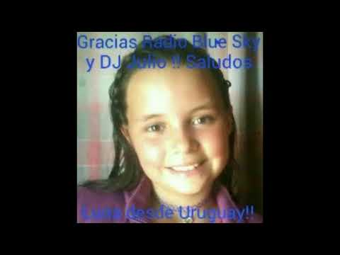 """La linda LUNA """" Uruguay """",  cantando en la Radio BLUE SKY"""