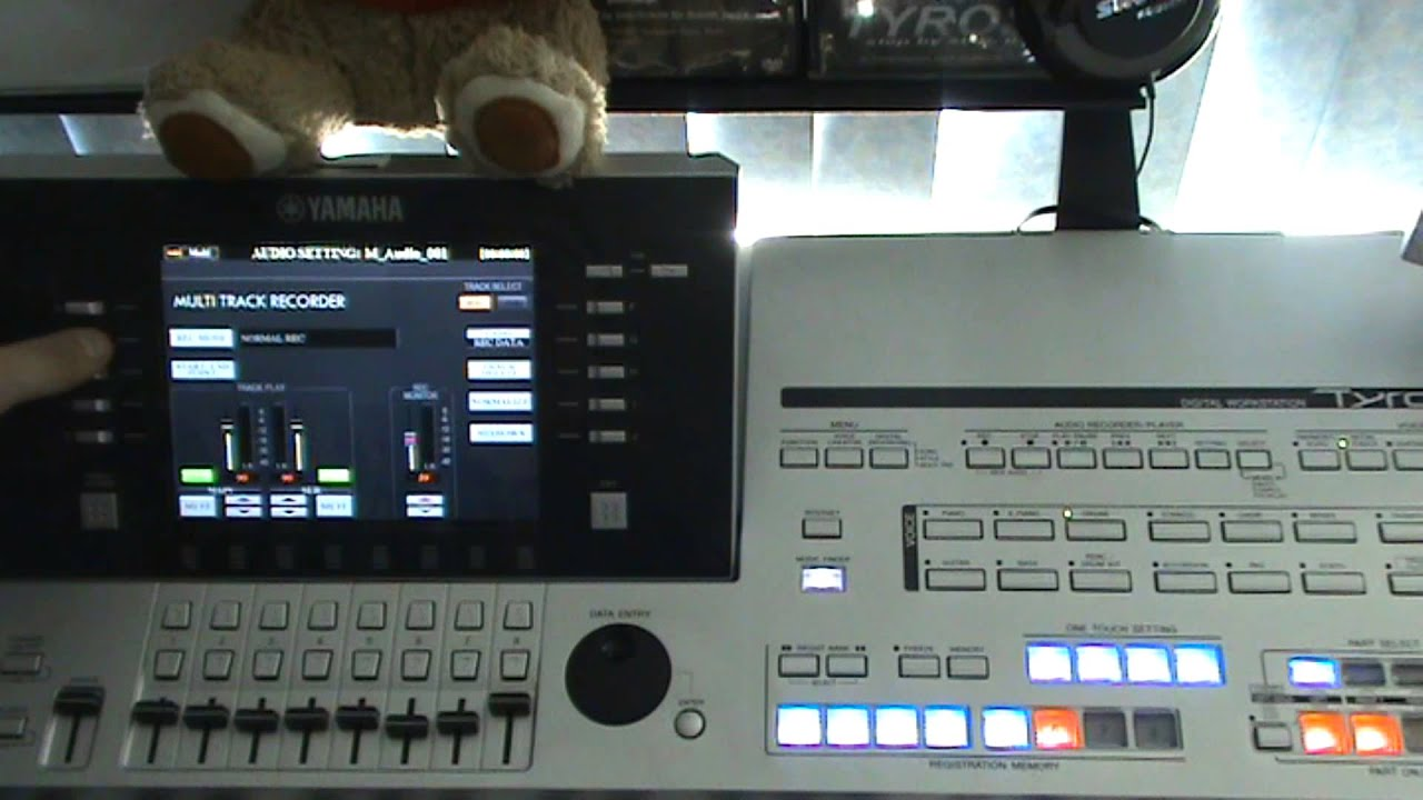 How to make a blank set of registrations on Yamaha Tyros 1, 2, 3 .