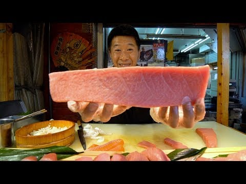 JAPANESE STREET FOOD - Kuromon Market Street Food Tour In Osaka Japan | BEST Japanese Seafood 黒門市場