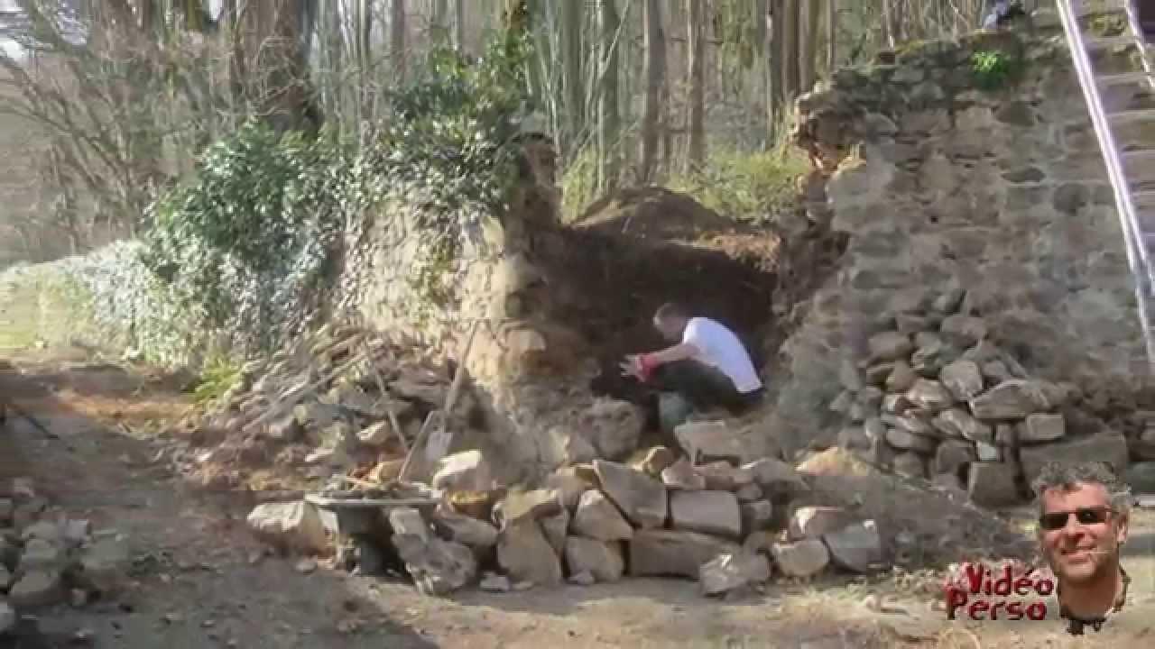 Refection d 39 un angle de mur en pierres s ches youtube - Rejointoyer un mur en pierre exterieur ...