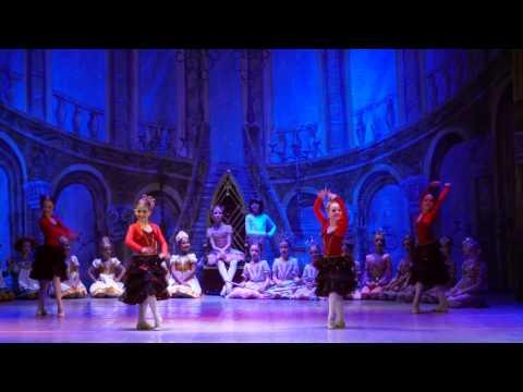 """Детский балет """"Щелкунчик"""". Испанский танец"""