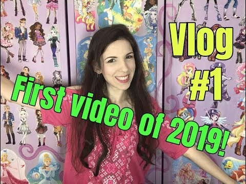 2019 VLOG #1 - Travel vlog - New Zealand, thrift stores, street markets and more