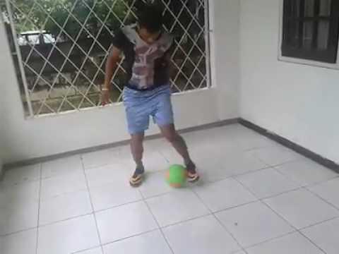 Soccer skills suriname --quincy charoe