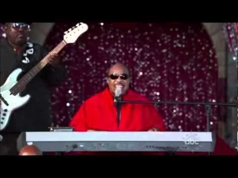 STEVIE WONDER-THATS WHAT CHRISTMAS MEANS TO ME-LIVE.wmv - YouTube
