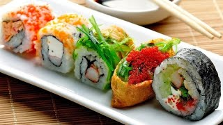 هكذا يحضر السوشي الياباني الاصلي