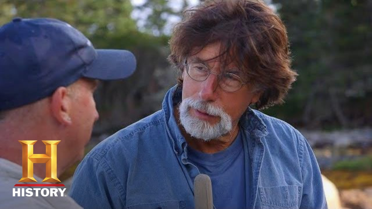 Download The Curse of Oak Island: The One With the Lead Cross (Season 5) | History
