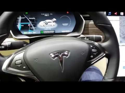 TESLA Model S 2017: 2016 Mondial de l'Automobile - Paris Motor Show
