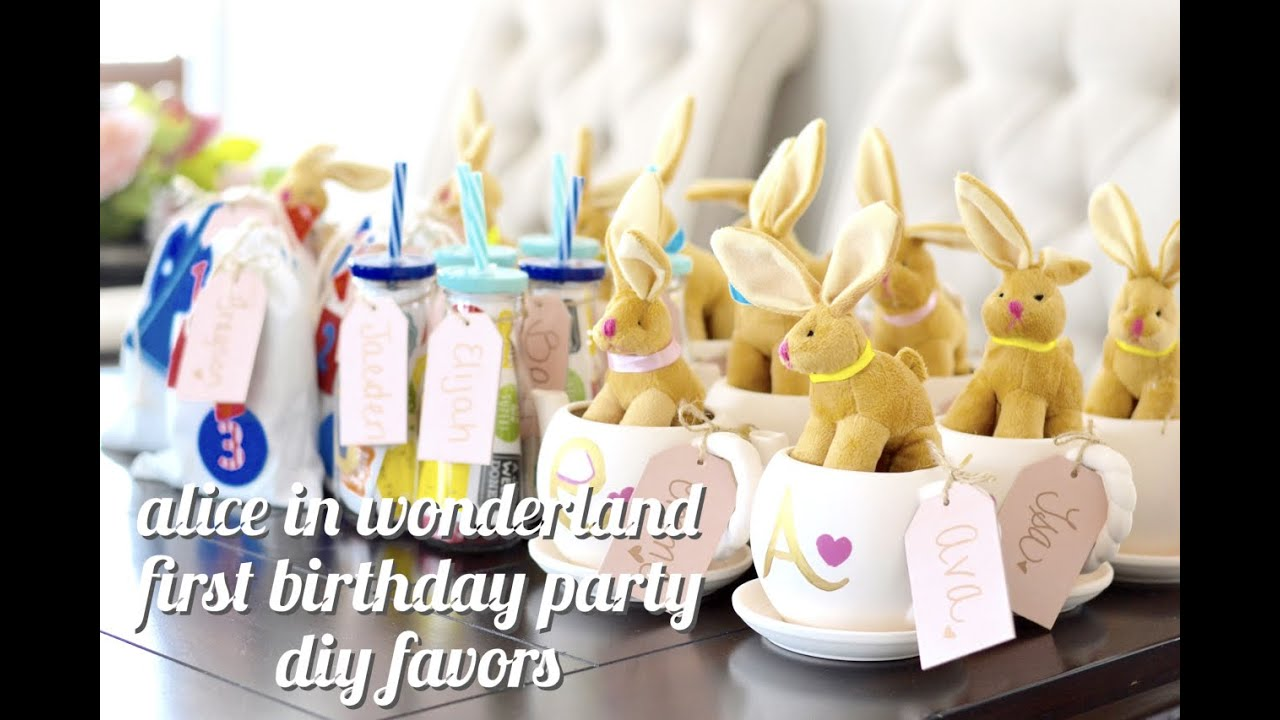 Alice In Wonderland First Birthday Party Diy Favor Ideas