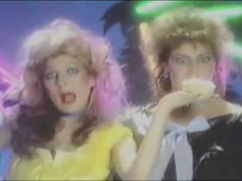 """Clio: """"Eyes"""" (Italo Disco)"""