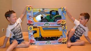 Играем машинками.Большой экскаватор и самосвал ЛЕНА (LENA Powerful Giants). excavator and dump truck