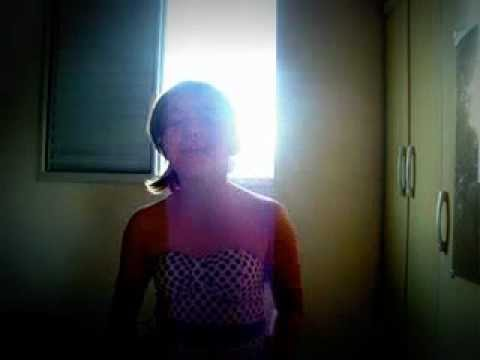 Carol cantando : amor mio de sonha comigo !!!!!!!