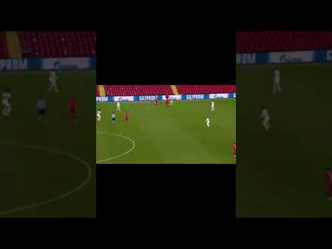 Trent Alexander Arnold's insane volley pass