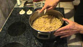 How to Cook Chickpeas or Garbonzo Beans
