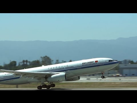 Air China arrives at SJC