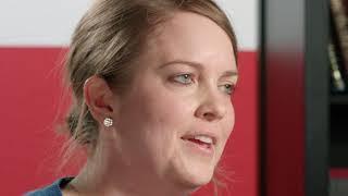 """Dipl.-Päd. Kirsten Meyer (TH OWL) spricht über """"Berufsorientierte Projektwochen""""."""