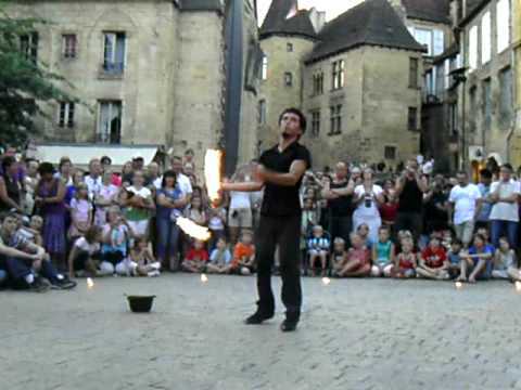 spectacle de rue sarlat youtube. Black Bedroom Furniture Sets. Home Design Ideas