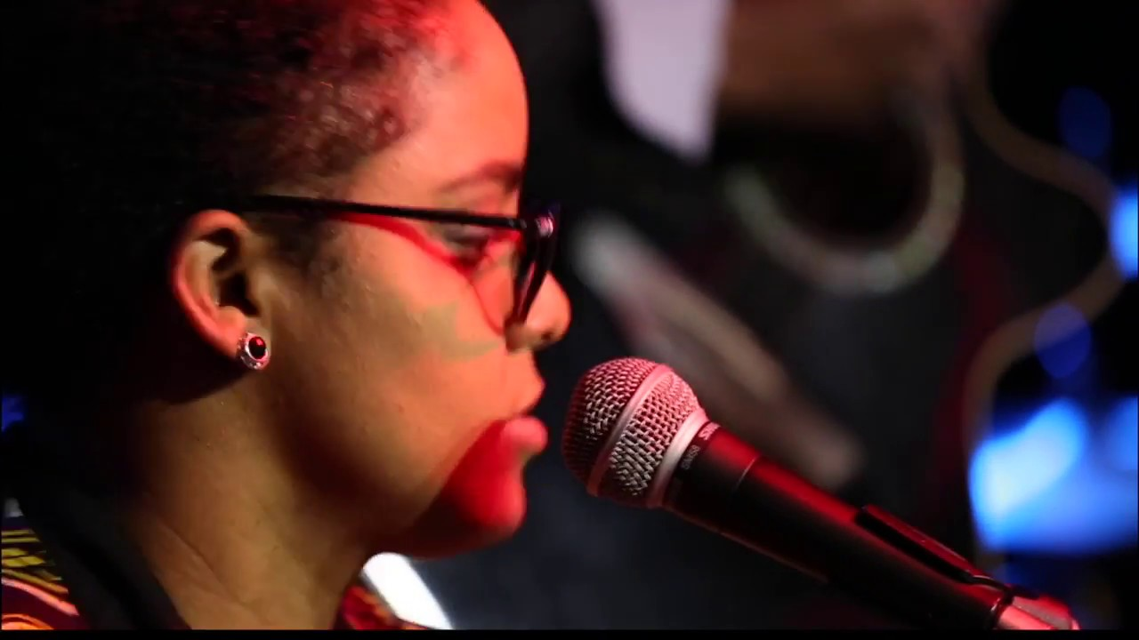 video: OKAN 1000 Palabras at Small World Music Centre (Live)