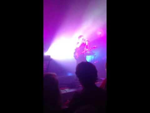 Glass Animals - Gooey (Live at Buckhead Theatre in Atlanta, GA)