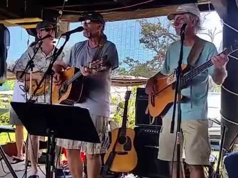 The String Slingers at The Grand Mariner 8/20/16 for USA