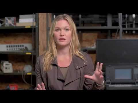 "Jason Bourne ""Nicky Parsons"" Behind The Scenes Interview - Julia Stiles"