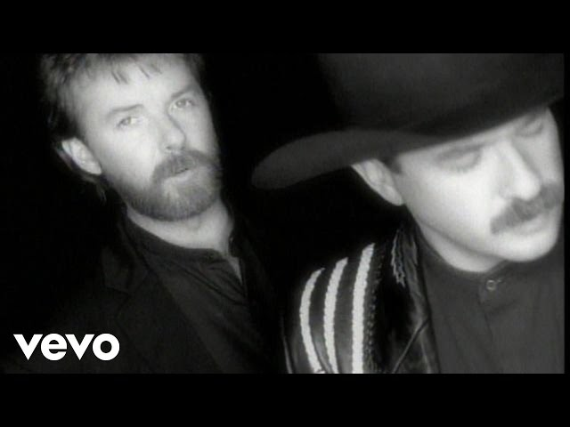 Brooks & Dunn - She's Not The Cheatin' Kind (Official Video)