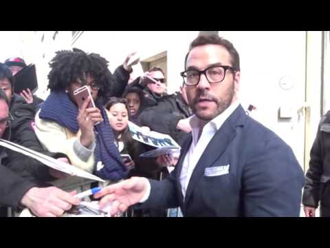 Jeremy Piven Sends Well Wishes After Brussels' Terrorist Attacks | Splash News TV