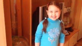 Видео для детей. Луиза  показывает свои аквариумы с рыбками.(Девочка Луиза показывает и рассказывает о своих аквариумах. И показывает свои рыбки.Спасибо,что смотрите..., 2016-03-30T10:42:15.000Z)