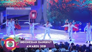 Video KEREEN! Aksi Generasi Muda Dangdut Indonesia D'GANTENGZ & D'IMOETZ download MP3, 3GP, MP4, WEBM, AVI, FLV Oktober 2018