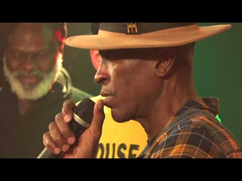 EEK a MOUSE live in Vienna 20171215
