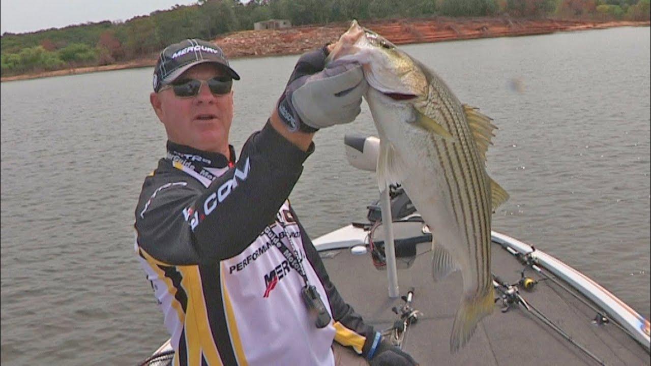 Fox sports outdoors southwest 26 2015 lake texoma for Striper fishing lake texoma