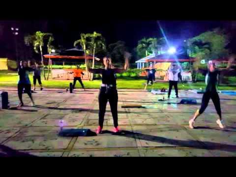 Outdoor Fitness Bahamas 200 jacks