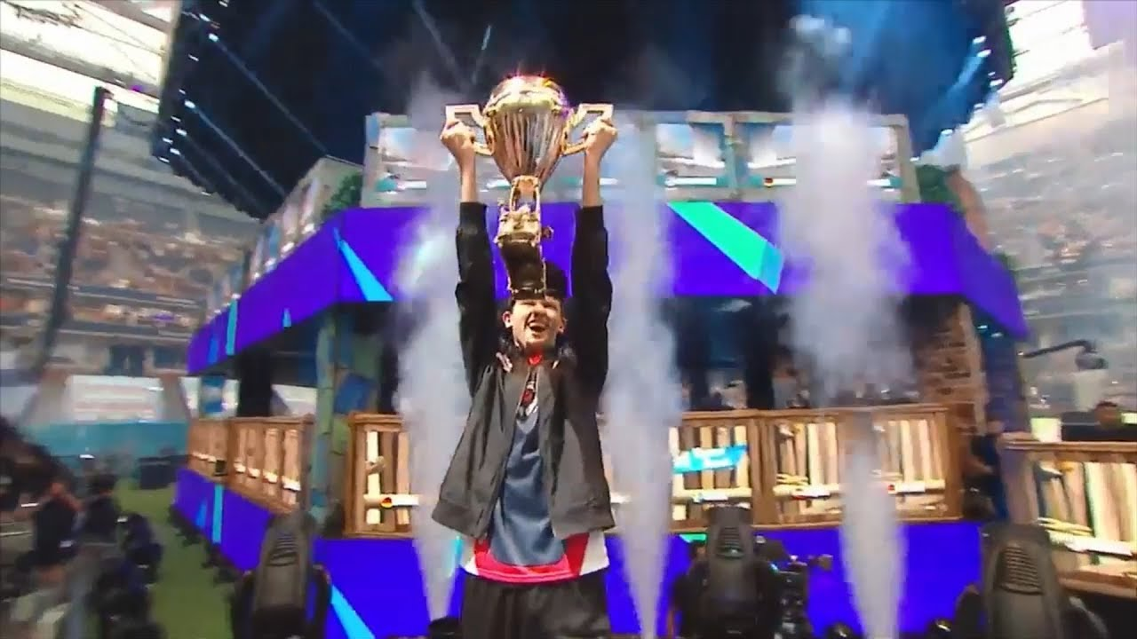 Bugha Lifts The Trophy After Winning Fortnite World Cup Espn Esports