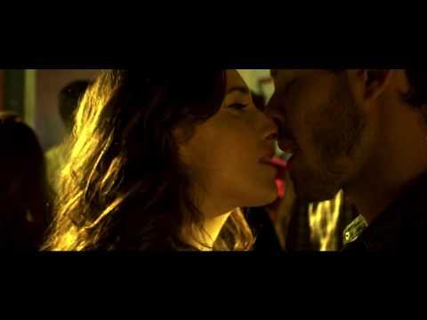 Miss Amanda Jones - Afloja y tira (Videoclip)