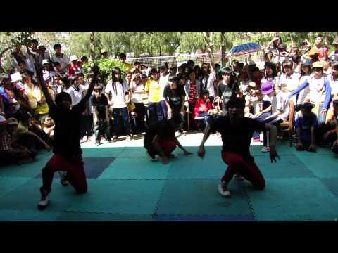 Lấp Vò 2-Nhảy hiện đại nhóm 12cb3 + 11a5